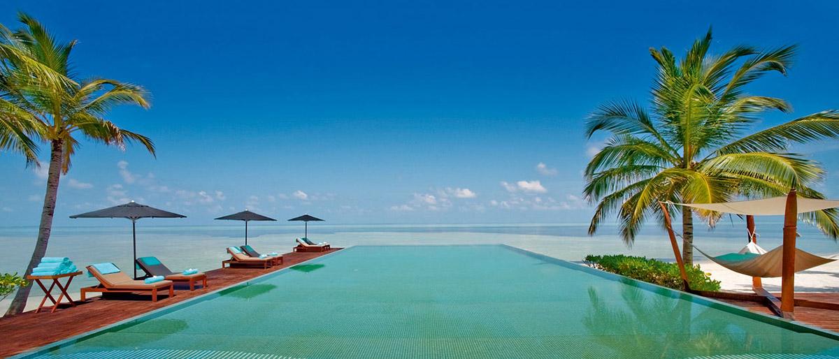 Nytelser ved havet på Maldivene